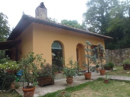 Soluzione Indipendente in vendita a Tavarnelle Val di Pesa, 4 locali, zona Zona: San Donato in Poggio, Trattative riservate | Cambio Casa.it