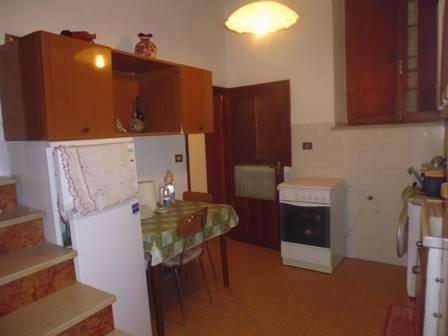 Soluzione Indipendente in affitto a San Gimignano, 3 locali, prezzo € 400 | CambioCasa.it
