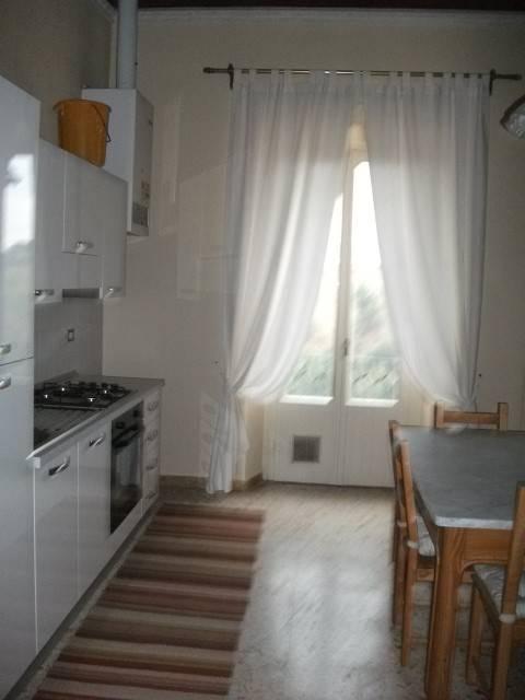 Appartamento in Affitto a Colle di Val d'Elsa