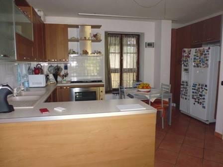 Soluzione Indipendente in vendita a Poggibonsi, 3 locali, Trattative riservate | CambioCasa.it