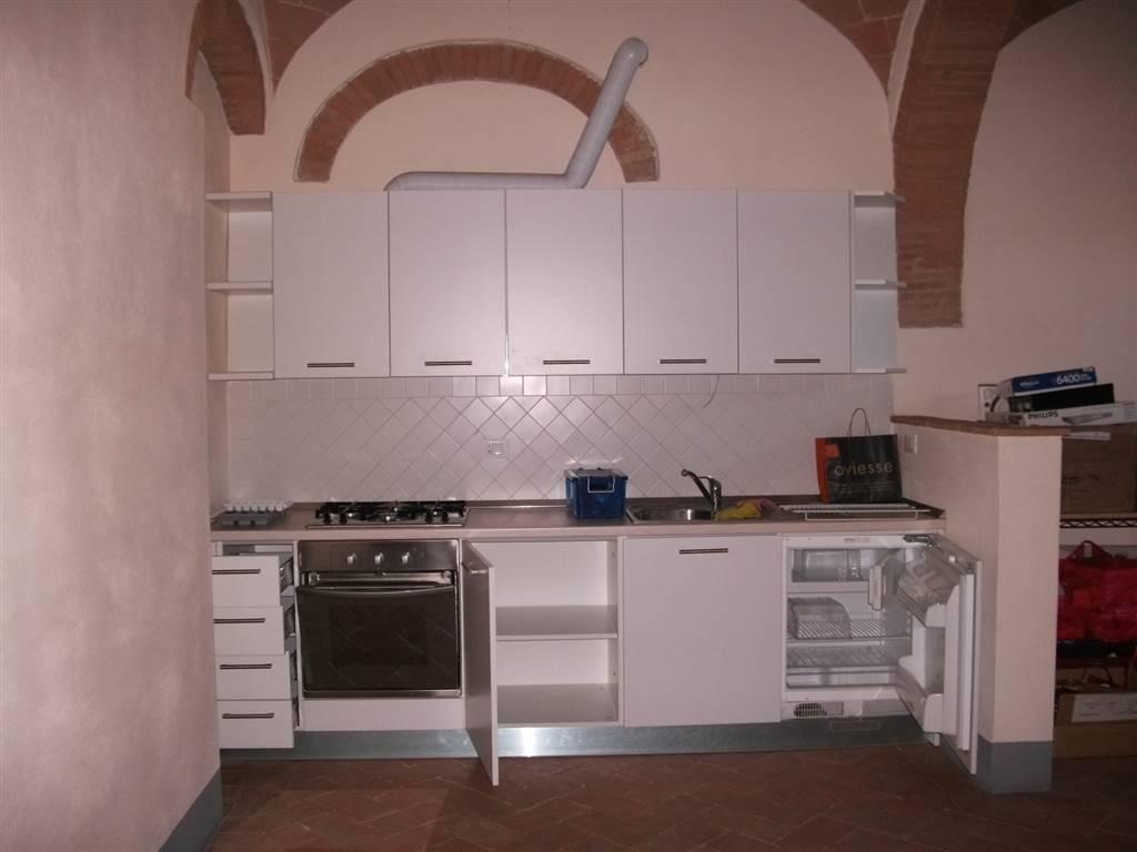 Appartamento in affitto a Poggibonsi, 2 locali, prezzo € 480 | CambioCasa.it