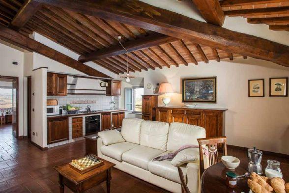 Appartamento in vendita a San Gimignano, 4 locali, Trattative riservate | Cambio Casa.it