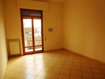 Appartamento in vendita a Poggibonsi, 3 locali, prezzo € 135.000 | CambioCasa.it