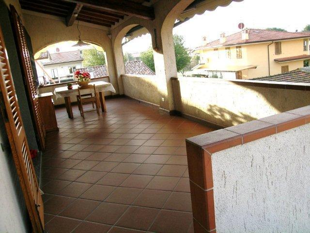 Soluzione Indipendente in vendita a Camaiore, 7 locali, zona Zona: Capezzano Pianore, prezzo € 295.000 | Cambio Casa.it