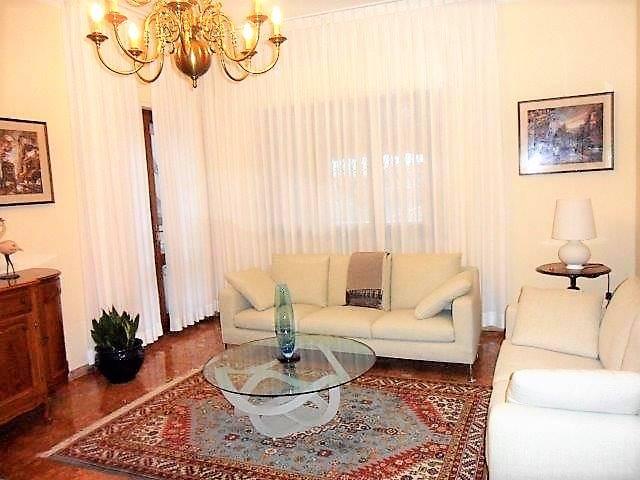 Soluzione Indipendente in vendita a Camaiore, 7 locali, zona Zona: Capezzano Pianore, prezzo € 295.000   Cambio Casa.it