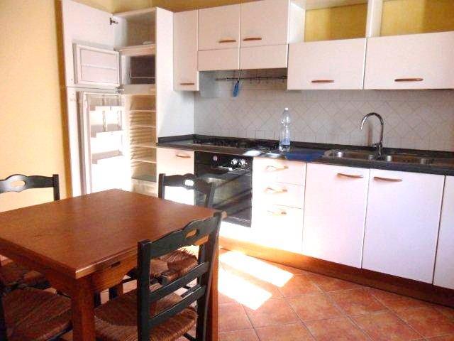 Rustico / Casale in affitto a Camaiore, 4 locali, zona Zona: Capezzano Pianore, prezzo € 550 | Cambio Casa.it