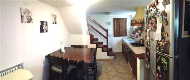 Soluzione Indipendente in vendita a Camaiore, 4 locali, zona Località: PONTEMAZZORI, prezzo € 169.000 | Cambio Casa.it