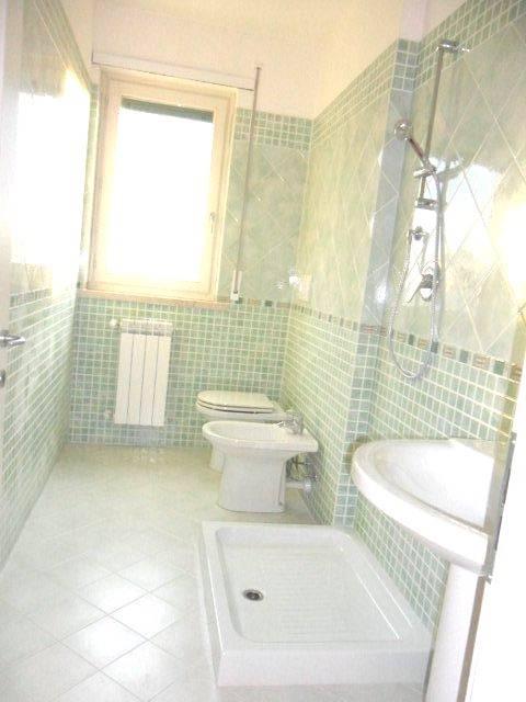 Appartamento in vendita a Massarosa, 3 locali, prezzo € 220.000 | Cambio Casa.it