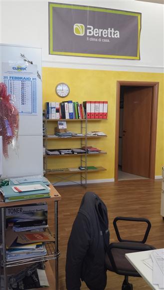 Capannone in vendita a Livorno, 2 locali, zona Località: PICCHIANTI, prezzo € 130.000 | Cambio Casa.it