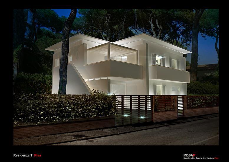 VILLA TOTALMENTE INDIPENDENTE CON PARCO PRIVATO su due livelli con progetto approvato per realizzare quattro unità immobiliari con ingressi