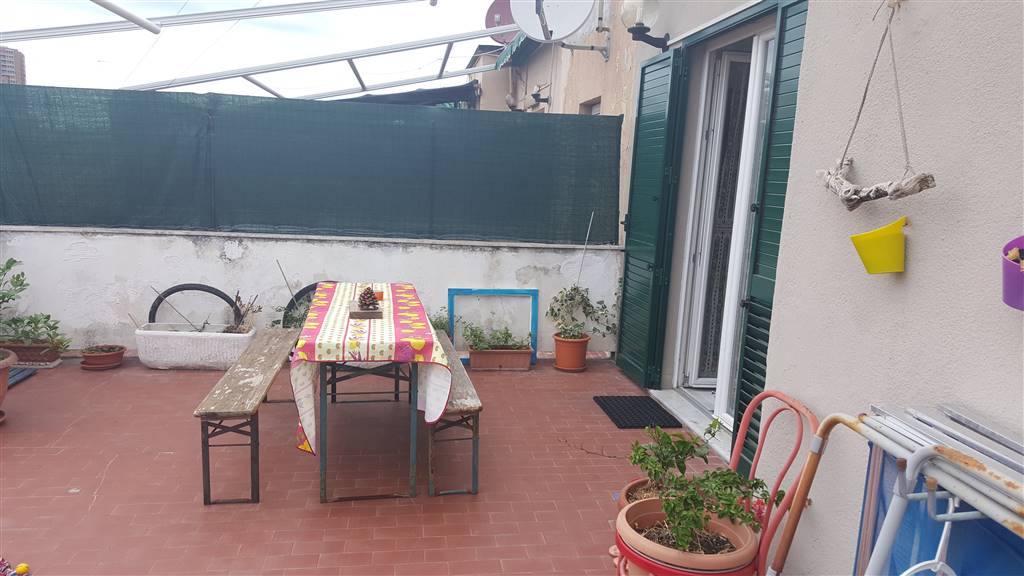 FABBRICOTTI attico luminoso in buone condizioni ingresso cucina abitabile camera da letto matrimoniale bagno ripostiglio terrazza a livello mq. 50