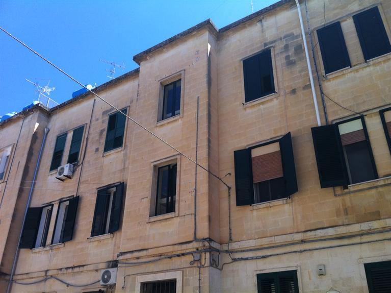 Trilocale, Lecce, da ristrutturare
