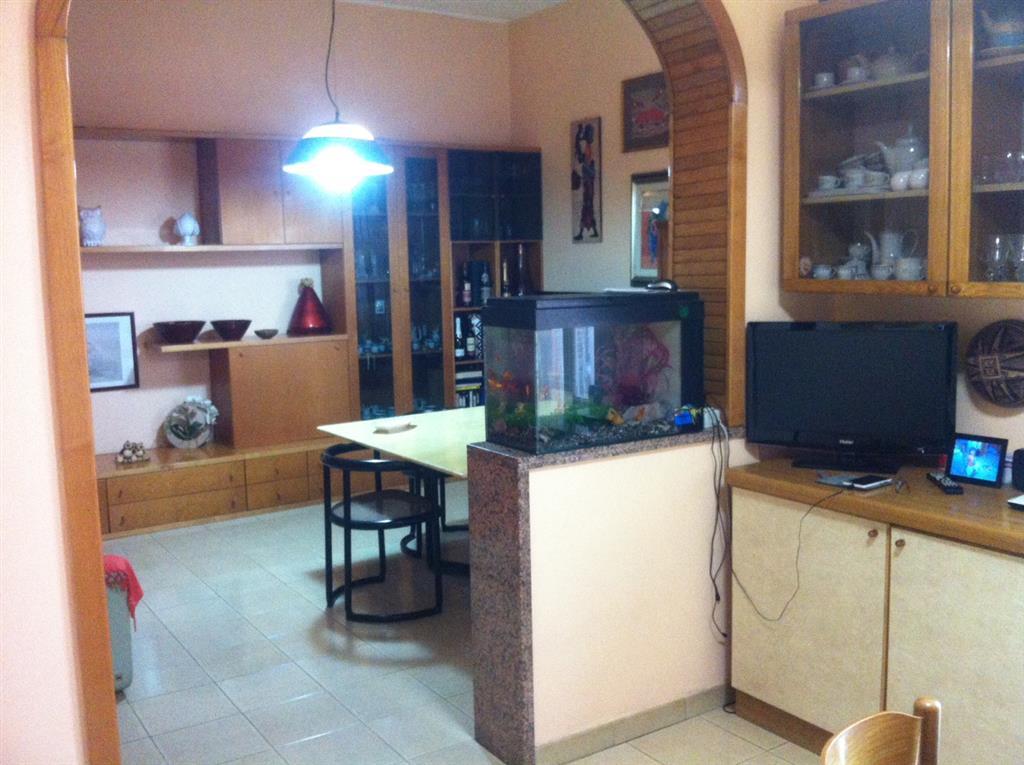 Appartamento in Via G.galilei, Castromediano, Cavallino
