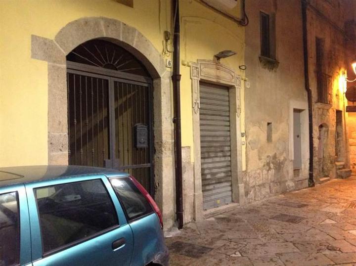 Immobile Commerciale in vendita a Altamura, 9999 locali, prezzo € 69.000 | CambioCasa.it