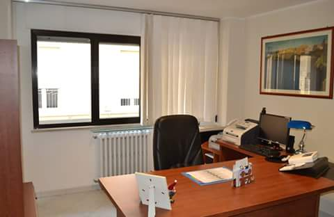 Ufficio / Studio in vendita a Altamura, 9999 locali, prezzo € 100.000 | CambioCasa.it