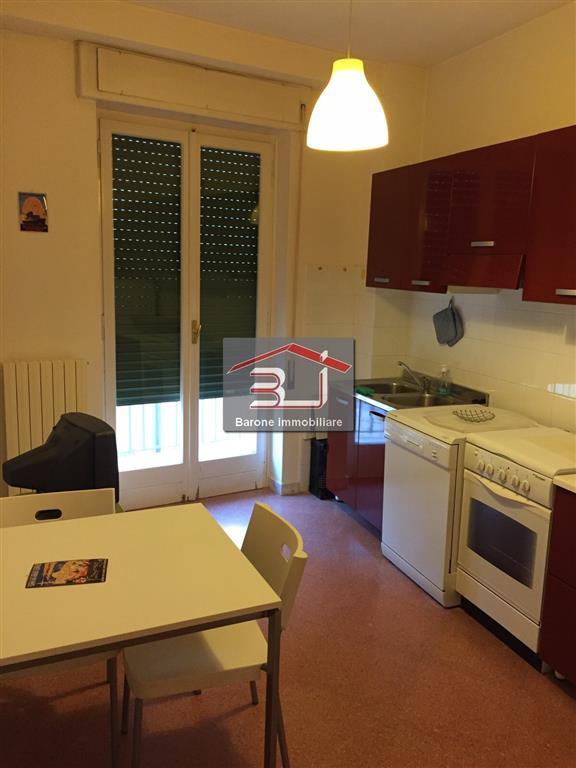 Appartamento in affitto a Altamura, 5 locali, prezzo € 520 | CambioCasa.it