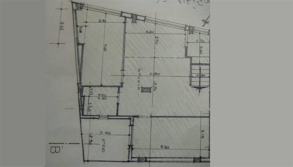Ufficio / Studio in vendita a Altamura, 3 locali, prezzo € 130.000 | CambioCasa.it