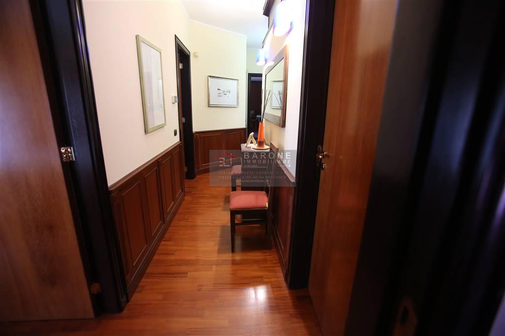 Attico / Mansarda in vendita a Altamura, 6 locali, prezzo € 330.000 | Cambio Casa.it