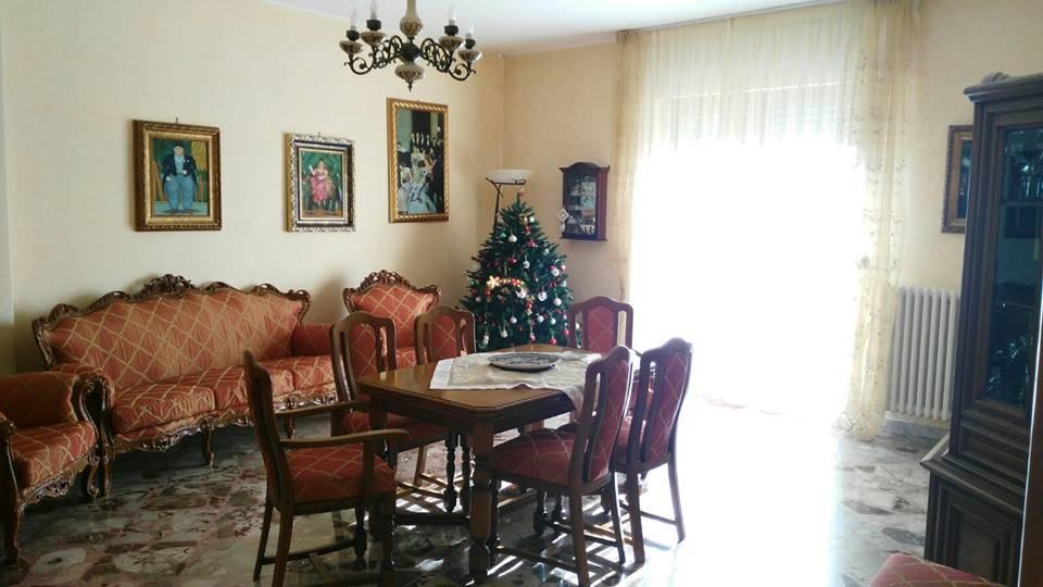 Attico / Mansarda in vendita a Altamura, 5 locali, prezzo € 180.000 | Cambio Casa.it