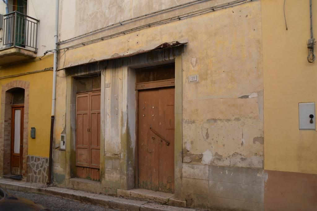 Magazzino in Vendita a Lavello