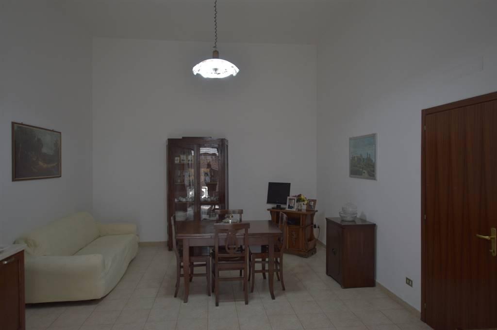 Soluzione Indipendente in affitto a Lavello, 5 locali, prezzo € 350 | Cambio Casa.it