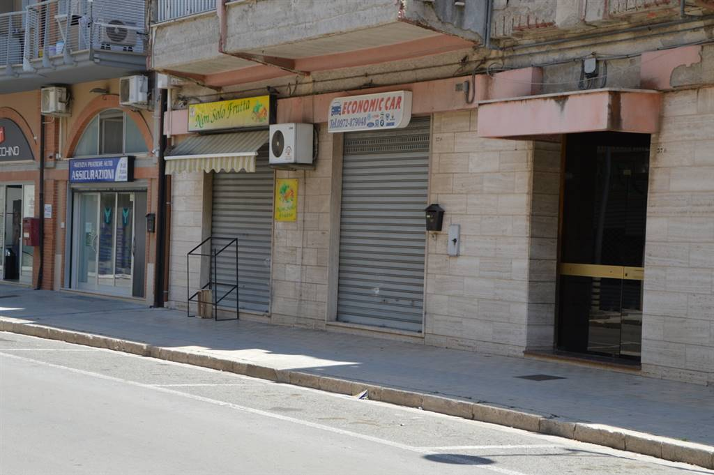 Immobile Commerciale in vendita a Lavello, 1 locali, prezzo € 46.000 | CambioCasa.it