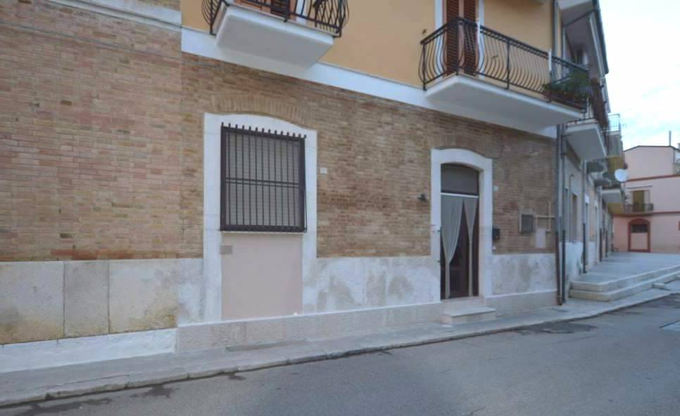 Foto - Laboratorio In Vendita  Lavello