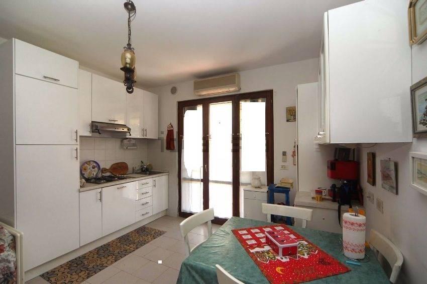 Soluzione Indipendente in vendita a Bibbona, 2 locali, prezzo € 120.000 | Cambio Casa.it