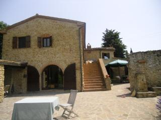 Rustico / Casale in vendita a Guardistallo, 7 locali, prezzo € 1.680.000 | CambioCasa.it
