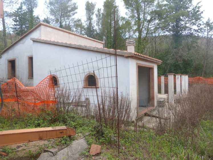 Villa in vendita a Monteverdi Marittimo, 5 locali, Trattative riservate | Cambio Casa.it