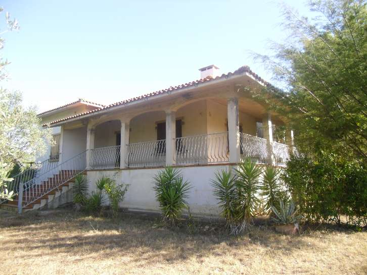Villa in vendita a Bibbona, 7 locali, prezzo € 750.000 | Cambio Casa.it