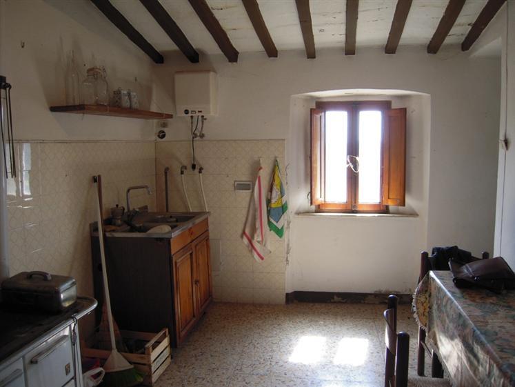 Appartamento in vendita a Monteverdi Marittimo, 3 locali, zona Zona: Canneto, prezzo € 55.000 | CambioCasa.it