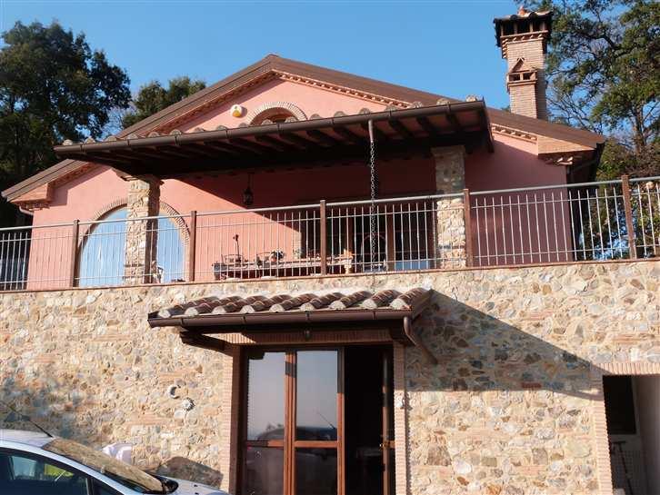 Villa in vendita a Riparbella, 6 locali, Trattative riservate | Cambio Casa.it