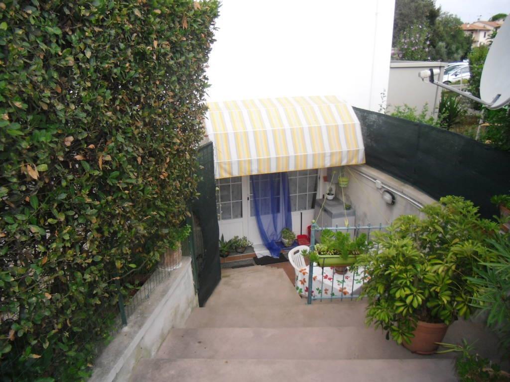 Soluzione Indipendente in vendita a Bibbona, 4 locali, prezzo € 230.000 | Cambio Casa.it