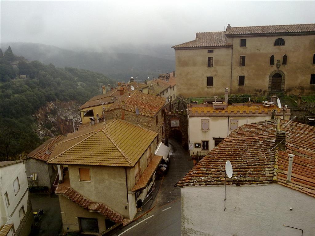 Appartamento in vendita a Sassetta, 2 locali, prezzo € 125.000 | Cambio Casa.it