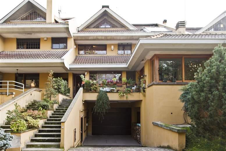 Villa a Schiera in Vendita a Milano