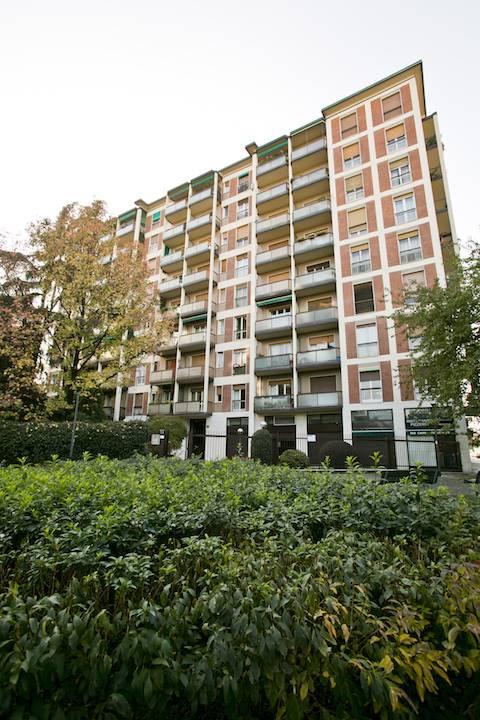 Appartamento in Vendita a Milano 18 Ippodromo / San Siro / Zavattari: 4 locali, 140 mq