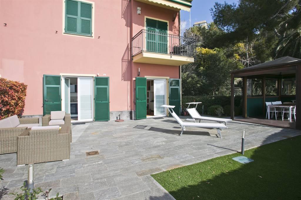 Appartamento in Vendita a Varazze: 3 locali, 79 mq