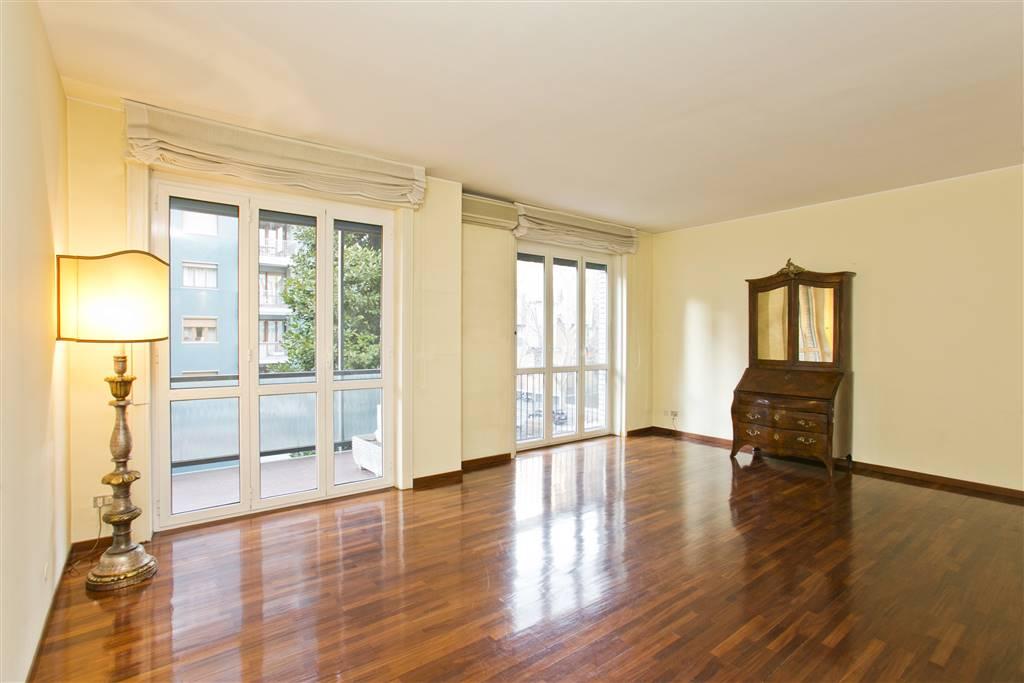 Appartamento in Affitto a Milano 17 Marghera / Wagner / Fiera: 3 locali, 120 mq