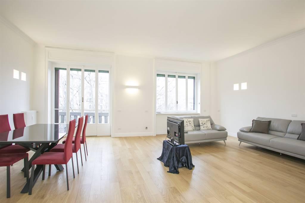 Appartamento in Vendita a Milano 06 Italia / Porta Romana / Bocconi / Lodi: 4 locali, 150 mq