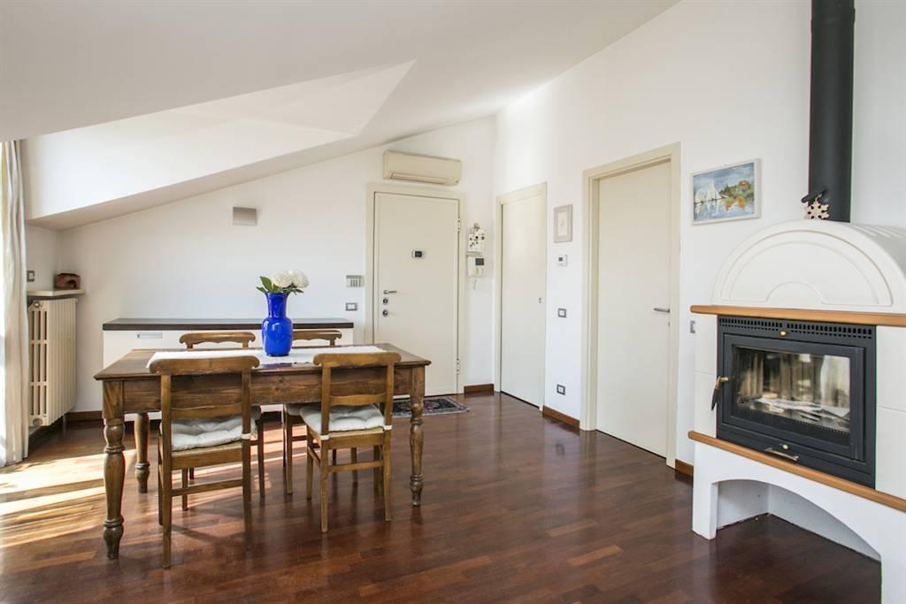 Appartamento in Vendita a Lissone: 5 locali, 125 mq