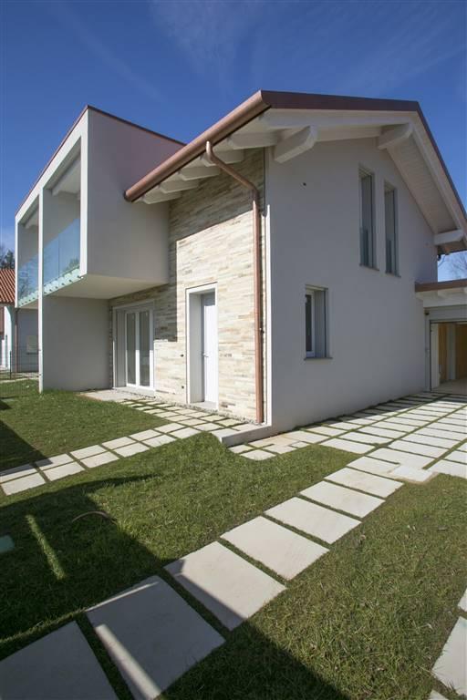 Villa in Vendita a Tradate:  4 locali, 194 mq  - Foto 1