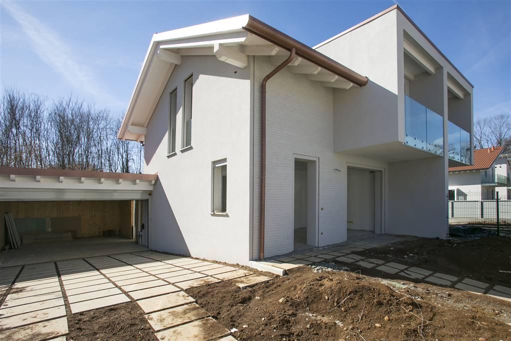 Villa in Vendita a Tradate: 4 locali, 190 mq