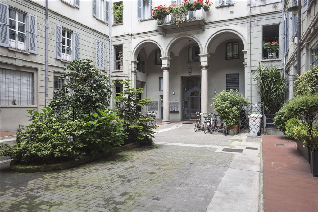 Appartamento in Vendita a Milano 01 Centro storico (Cerchia dei Navigli):  3 locali, 78 mq  - Foto 1