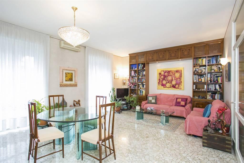 Appartamento in Vendita a Milano 17 Marghera / Wagner / Fiera:  3 locali, 131 mq  - Foto 1