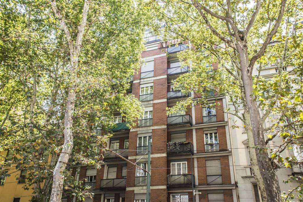 Appartamento in Vendita a Milano: 3 locali, 86 mq