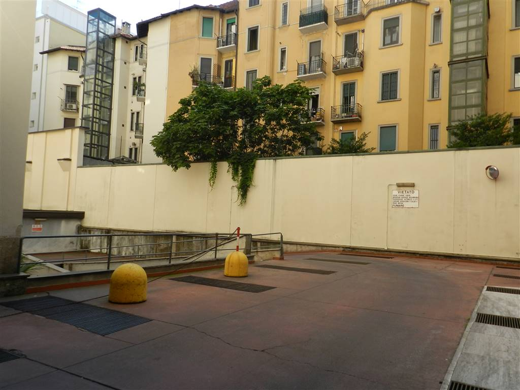 Posto-box auto in Affitto a Milano 11 Loreto / Piola / Lima: 1 locali, 20 mq