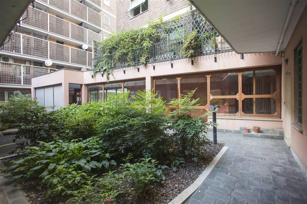 Ufficio-studio in Vendita a Milano: 5 locali, 116 mq