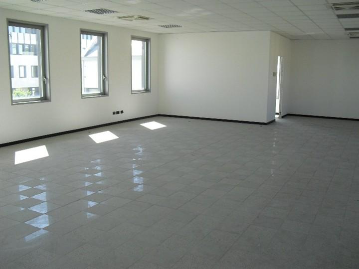 Ufficio / Studio in affitto a Caponago, 1 locali, prezzo € 1.500 | Cambio Casa.it