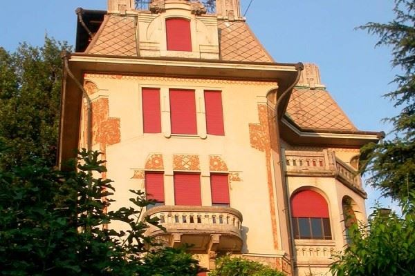 Villa in vendita a Brunate, 12 locali, Trattative riservate | Cambio Casa.it